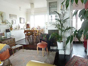 description complete d39une chambre d39hotes a paris With tapis chambre bébé avec plantes fleuries d appartement